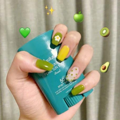 2019 Summer Green Nail Art is Also Very Good