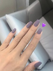 It's time to change my nails every month. This is a beautiful nail design.