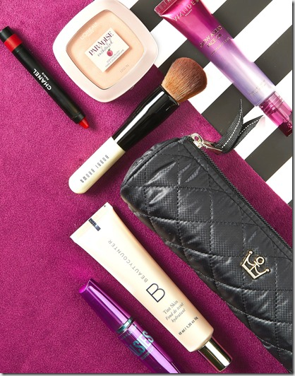 5 Travel Makeup Essentials, Always In Your Beauty Bag