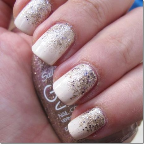 DIY-Milky Gold Gradient Glitter Nails