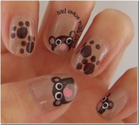10.Teddy bear nails with paw prints