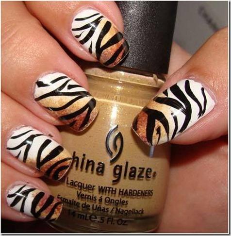 2.Tiger nail art