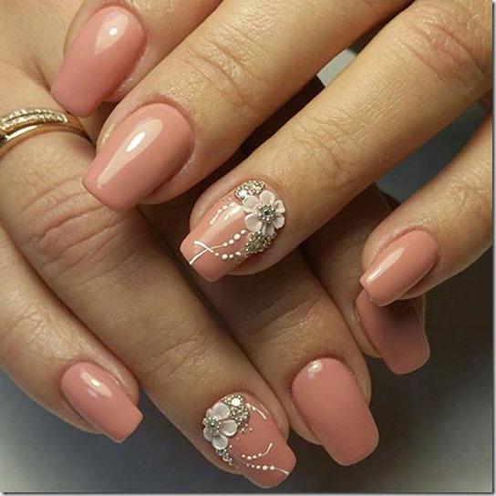 3D Beige Nails