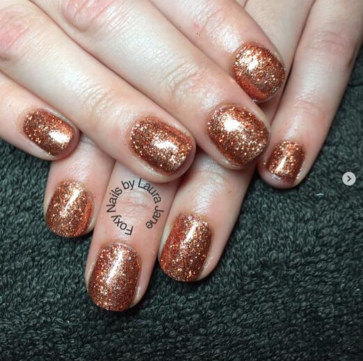 Metal color trend is right, ten rose gold mirror nails super gorgeous